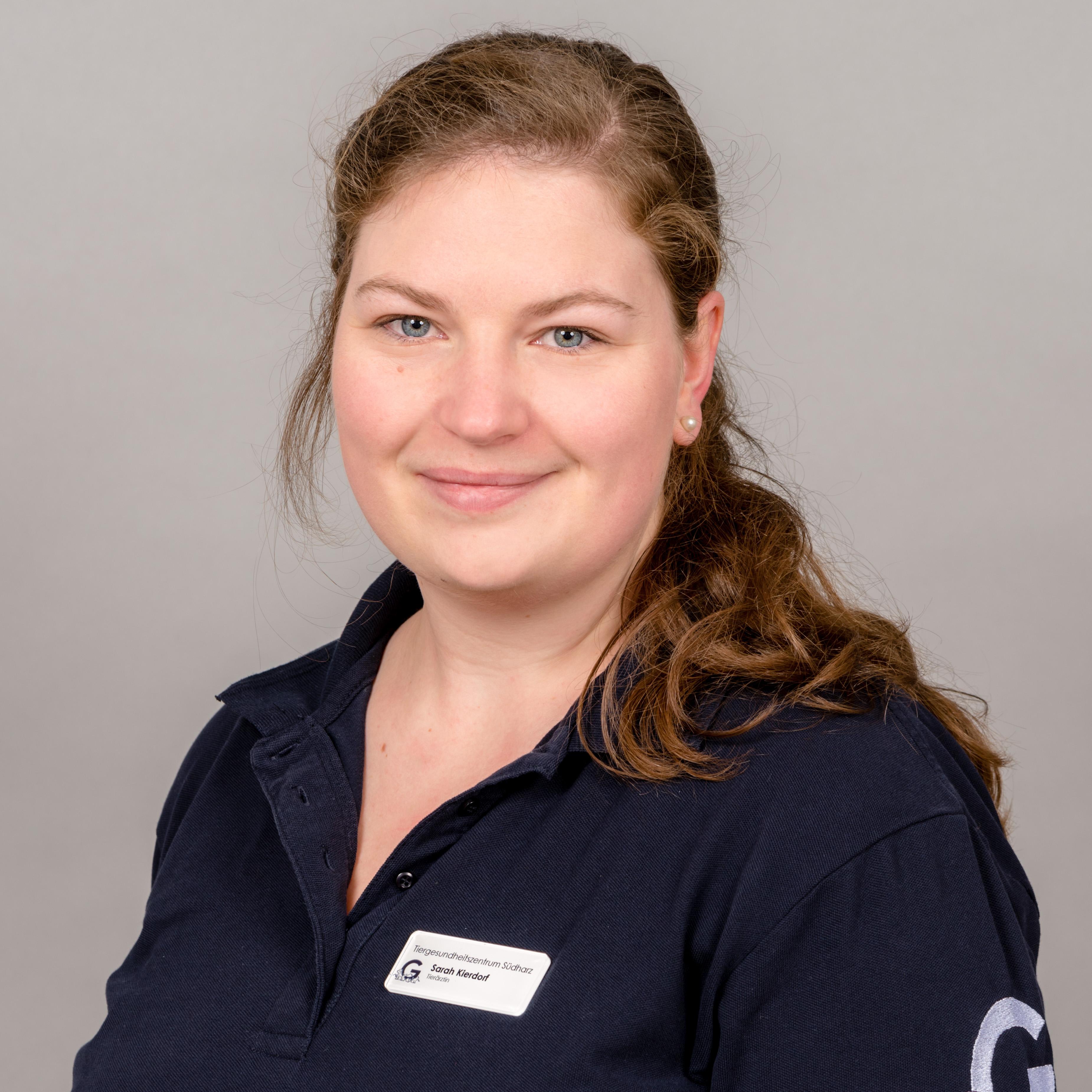 Tierärztin Sarah Bernhauer (geb. Kierdorf)